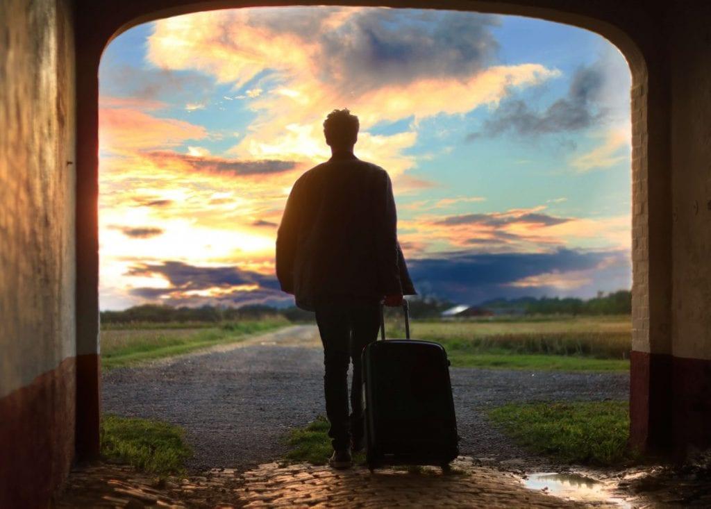18 Best Travel Blogs To Help You Escape the Soul-Sucking Rat Race