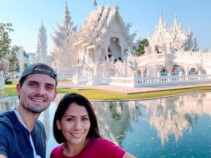 The white temple in Chiang Rai, Thailand - an awesome extra stop to add to your itinerary for Chiang Mai